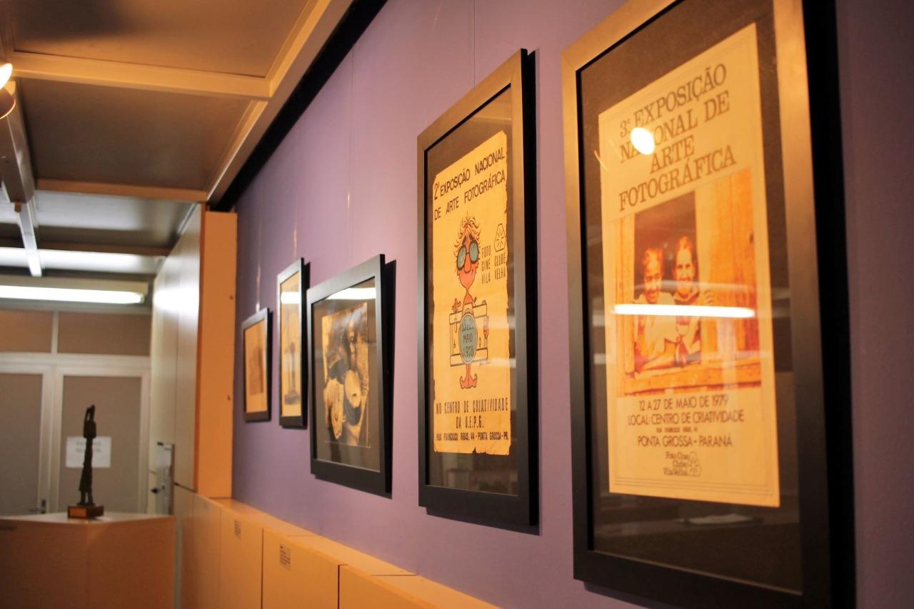 Museu Campos Gerais abriu nesta quinta exposição sobre 'Foto Cine Clube Vila Velha'