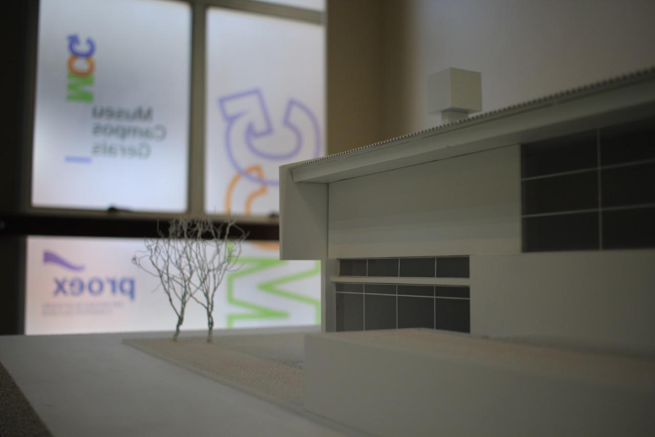 Museu Oscar Niemeyer traz a Ponta Grossa exposição de Vilanova Artigas